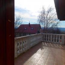 4landhausungarn-haus kauf-verkauf in Ungarn- immobilie in stadt Győr-hausverwaltung in west-ungarn-cecilia lux maklerin