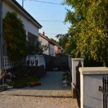 zlandhausungarn-haus kauf-verkauf in Ungarn- immobilie in stadt Győr-hausverwaltung in west-ungarn-cecilia lux maklerin (2)
