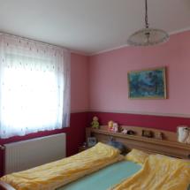 éhlandhausungarn-haus kauf-verkauf in Ungarn- immobilie in stadt Győr-hausverwaltung in west-ungarn-cecilia lux maklerin
